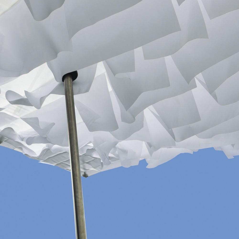 BREEZER Parasol - white flags