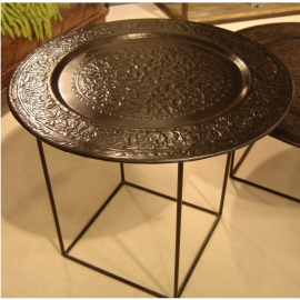 Metallic Tray Tables -40%